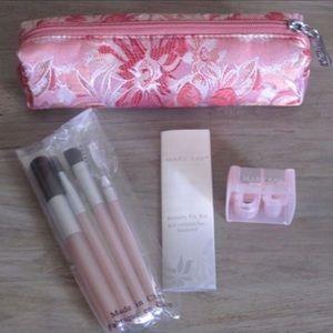 | Mary Kay | Beauty Fix Kit
